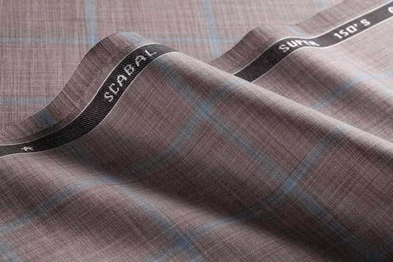 the Sleek collection is a luxurious collection of 25 articles made from Super 150's wool combined with a soft silk